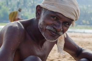 Fischer am Strand   Südindien