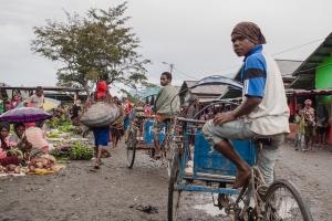 Rikschafahrer in Wamena   Papua