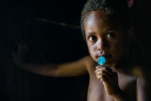 Im Langhaus 1   Papua