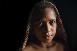 Im Langhaus 2   Papua